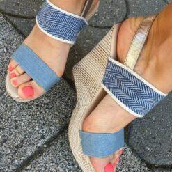 Dámske riflove sandále na platforme Laura Bagiotti